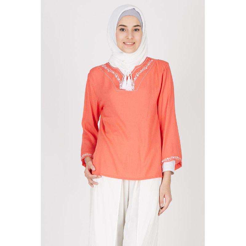 Qasrina Top Red