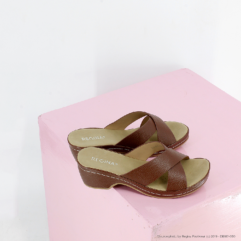 Regina Shoes Wedge Tera Sandal DB030 Beige
