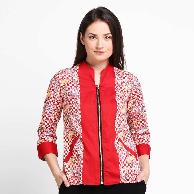 Arjuna Weda Blouse Batik Papan Catur Merah