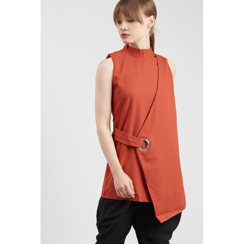 Gwen Rostock Top in Camel