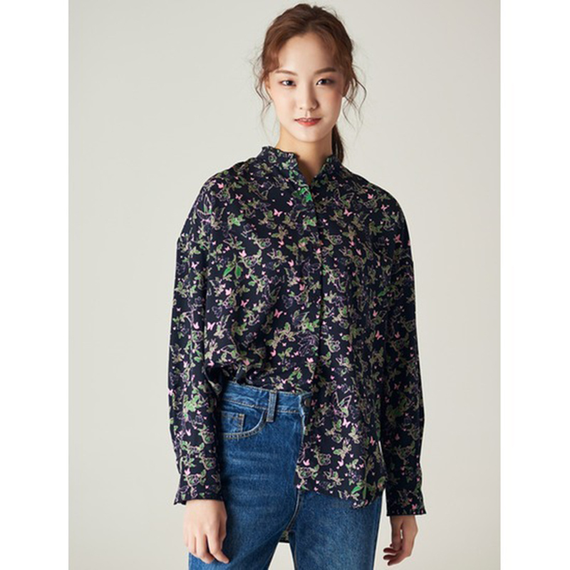 8 seconds Women Navy Printed Butterfly Blouse - Navy