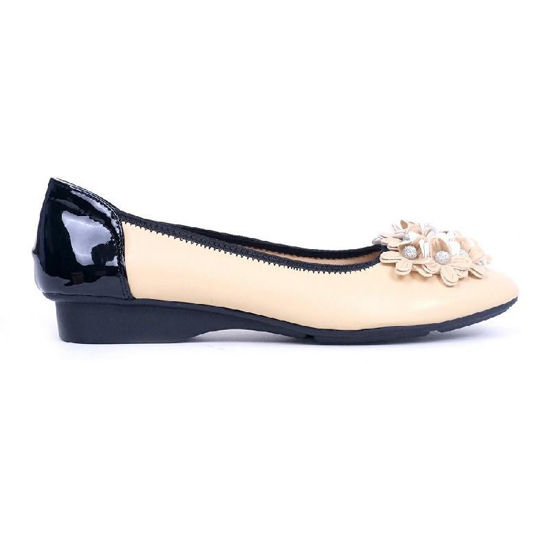 Austin Flat Shoes Kachelle Beige