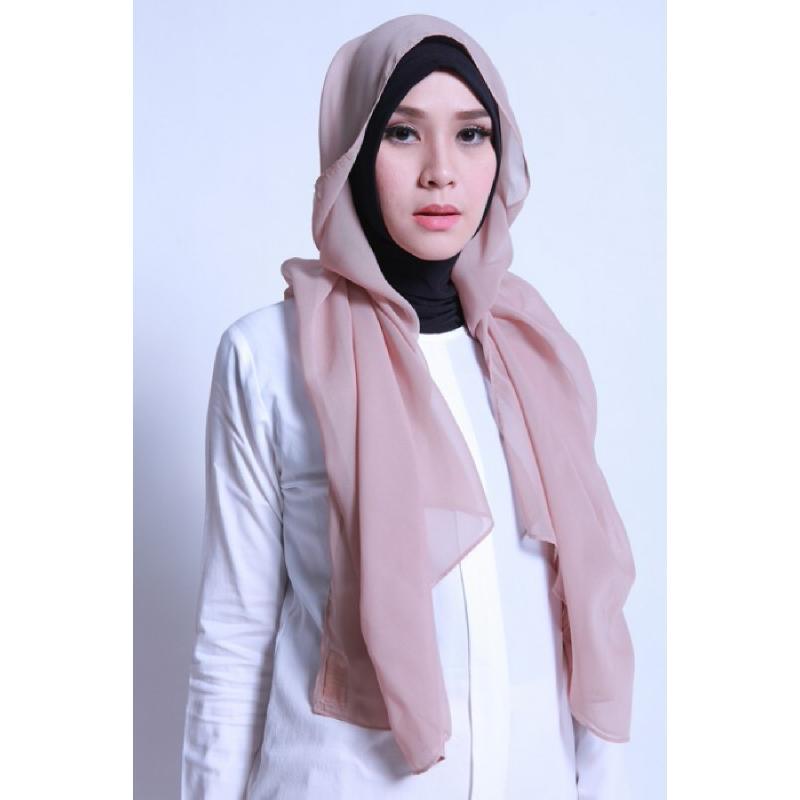BIA by Zaskia Mecca Kerudung Ceruti Adya Sandy Brown S3