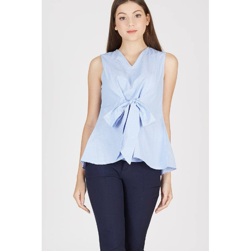 Page Front Knot Top Blue