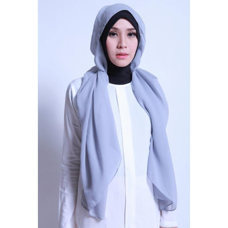 BIA by Zaskia Mecca Kerudung Ceruti Adya Silver S3