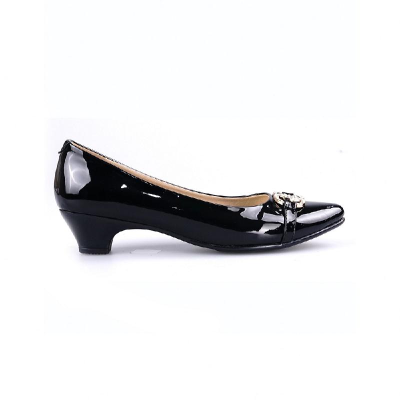 Ghirardelli Heels Bonnie Black