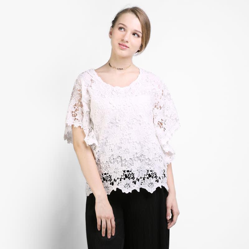BLIC4131  Icons Crochet Lace Batwing Blouse  Color  White