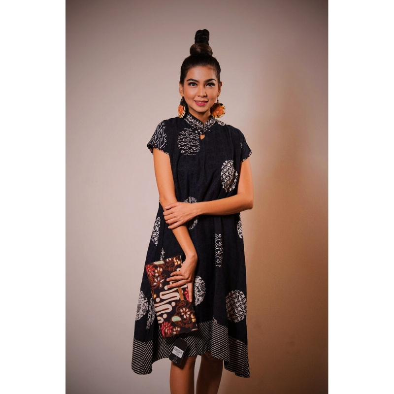 Anne Avantie Dress Piringan