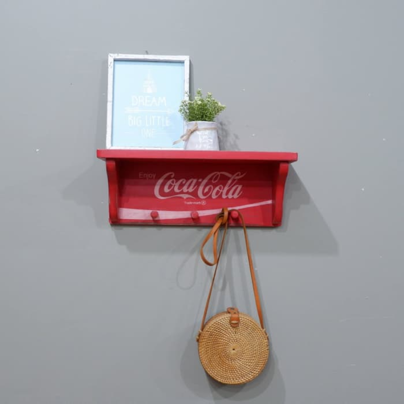 The Olive House - Gantungan Cola-Cola S