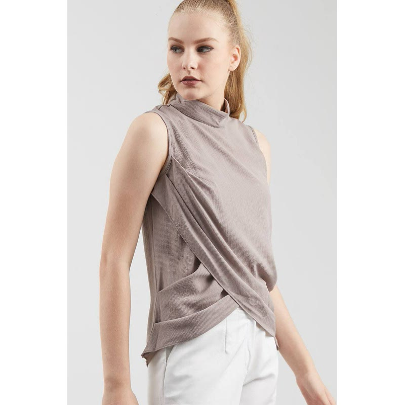Essie Turtleneck Top In Grey