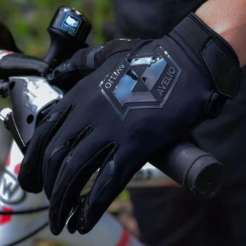 Avelio Gloves Phoenix Black Black