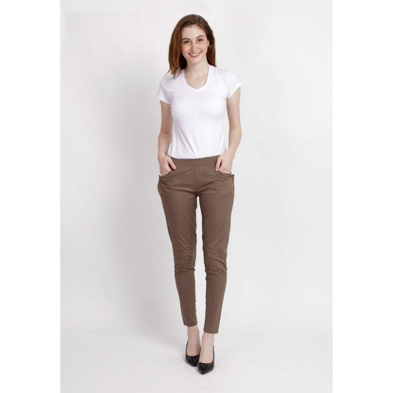 Shop at Banana Females Basic Pants Brown