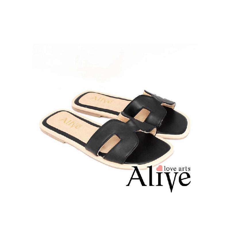 AliveLoveArts Hers Sandals Black