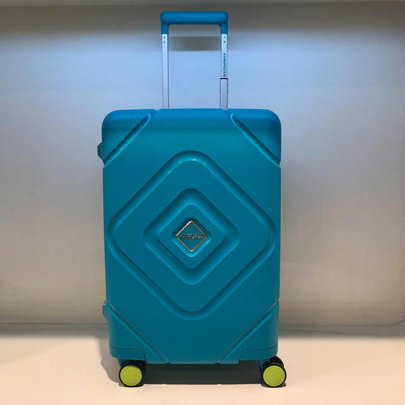 American Tourister GP8-21002 Trigard Spinner 66-24 TSA Scuba Blue