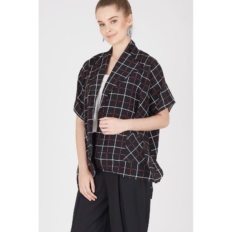 Mindy Cape Outline Outer in Black