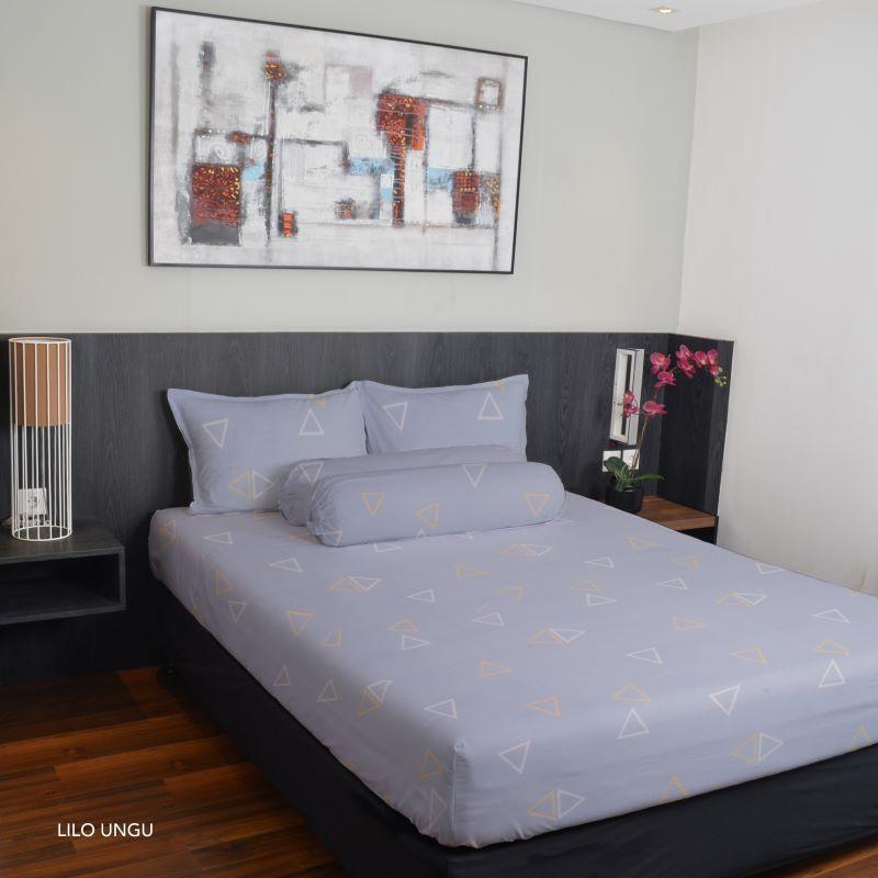 King Rabbit Bed Cover Single 140x230 cm Motif Lilo - Ungu
