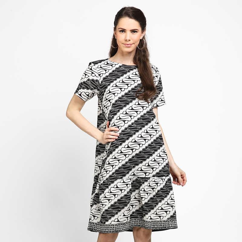 Astari Batik Dress Rumbai Black White Parang