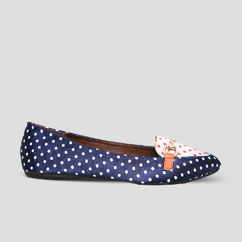 The Little Things She Needs Flat Shoes Nikaia Navy