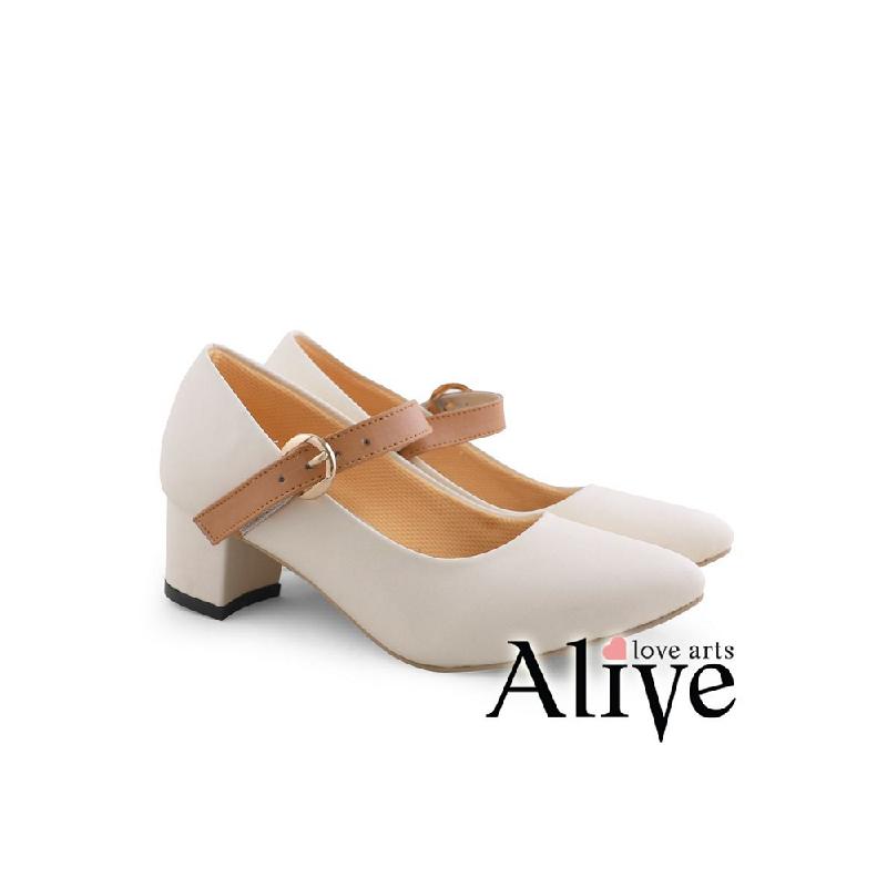 AliveLoveArts Robin Heels Cream