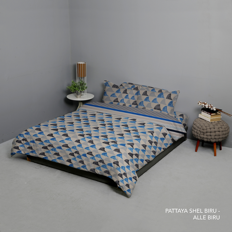 King Rabbit Bed Cover Single Motif Pattaya Shell - Biru