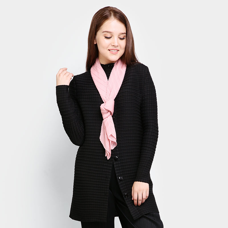 Pleats Kora unique coat