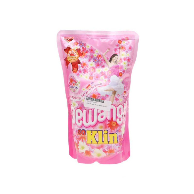 So Klin Pewangi Pink Pouch 900 Ml