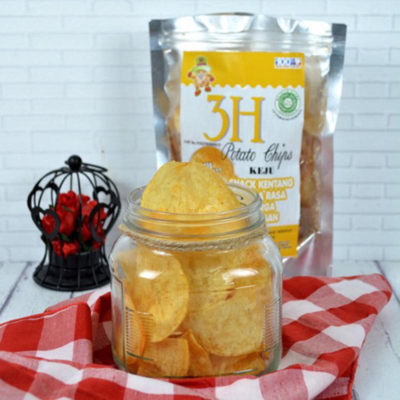 Potato Chips Rasa Keju 100 gr (isi 2 Pack)