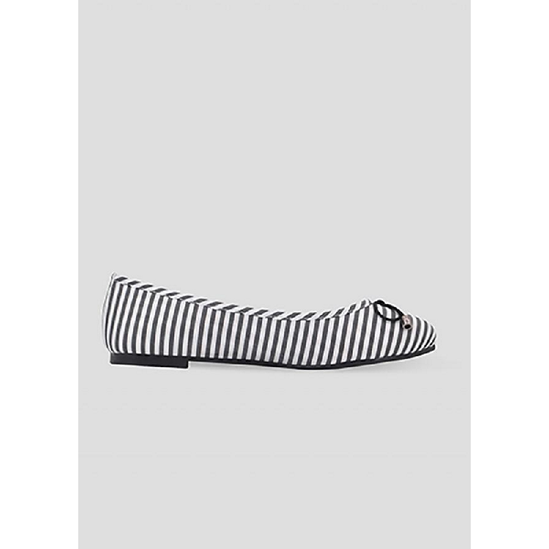 The Little Things She Needs Flat Shoes Garfn Black