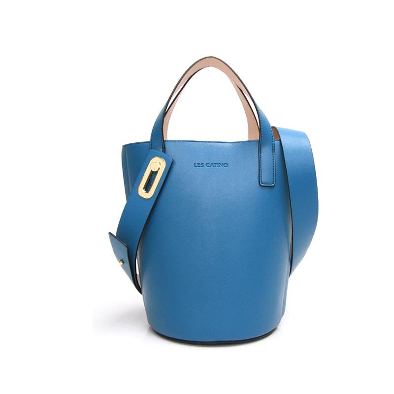 Les Catino W. Sissy Bucket Lyon Blue
