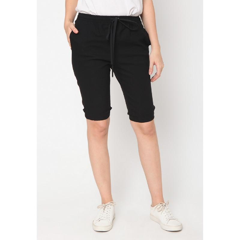 Heart And Feel Adrianna Tie Waist Short Pants Black