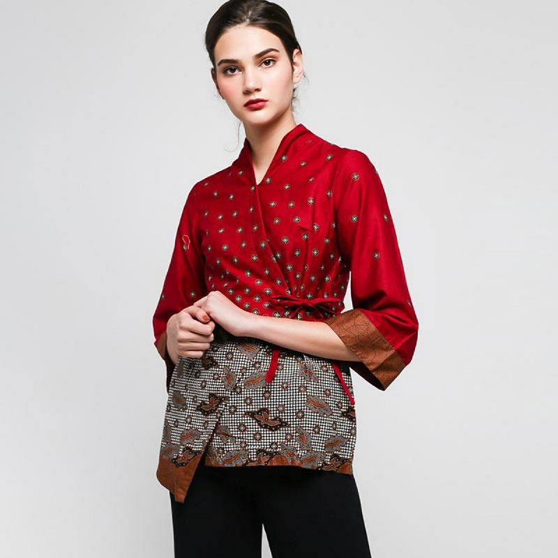 Arjunaweda Blouse Batik Teruntum Beras Merah (Chinese New Year)