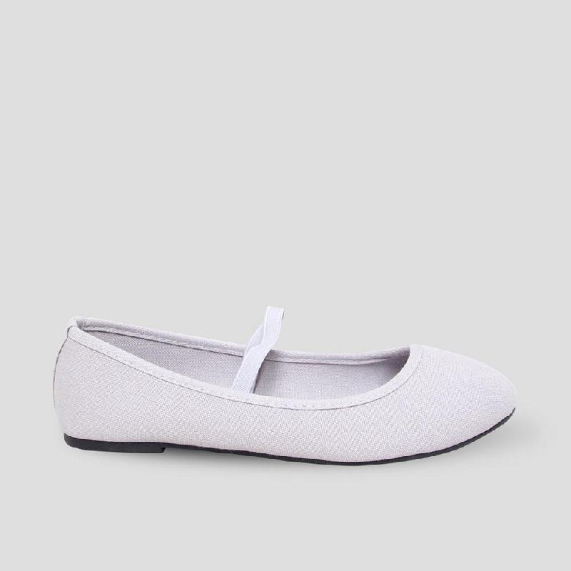 The Little Things She Needs Flat Shoes Irish Grey