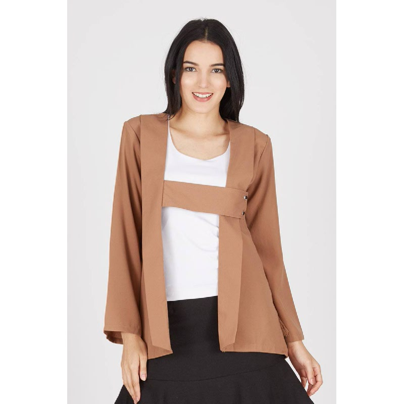 Isa Brown Outer