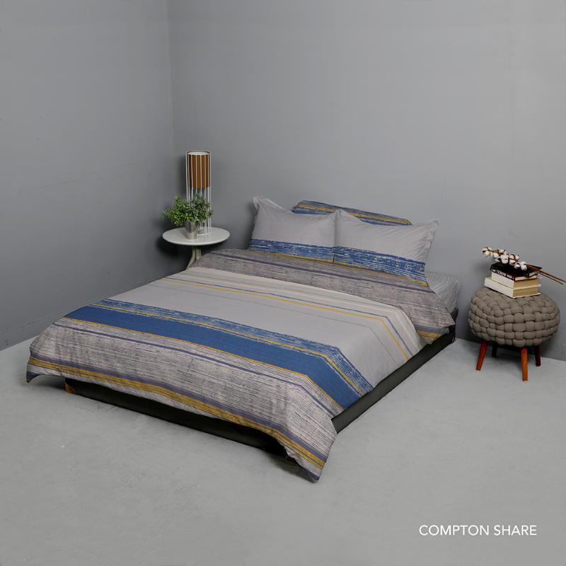 King Rabbit Bed Cover Double Motif Compton Share - Biru
