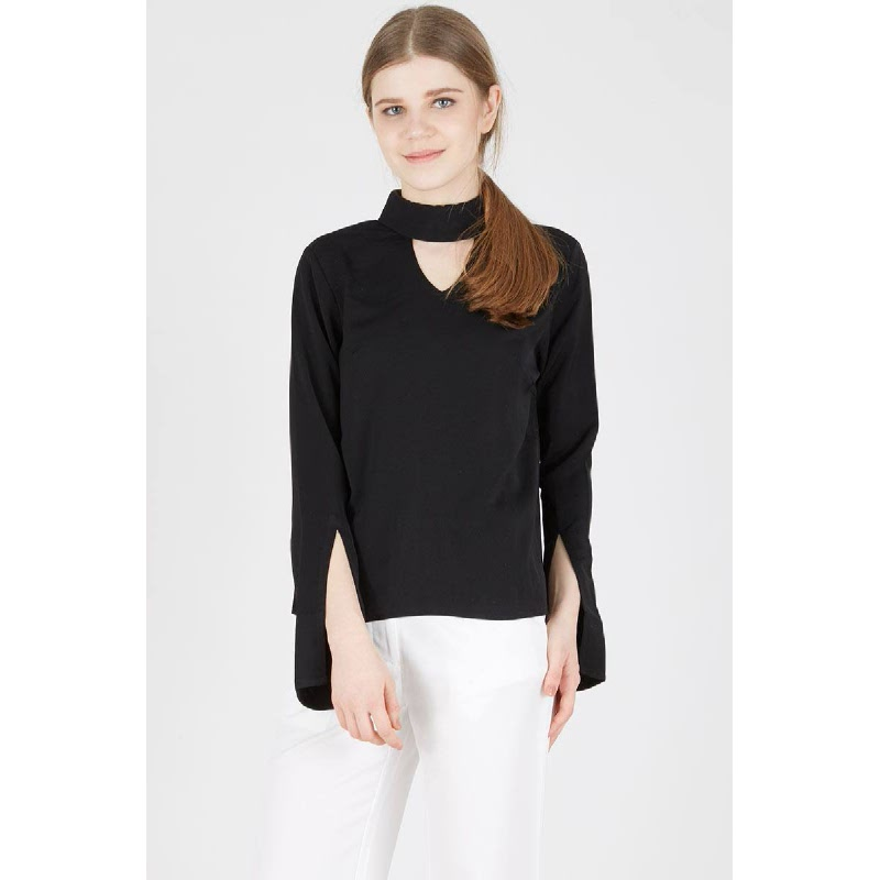 Miranda Collar Top in Black
