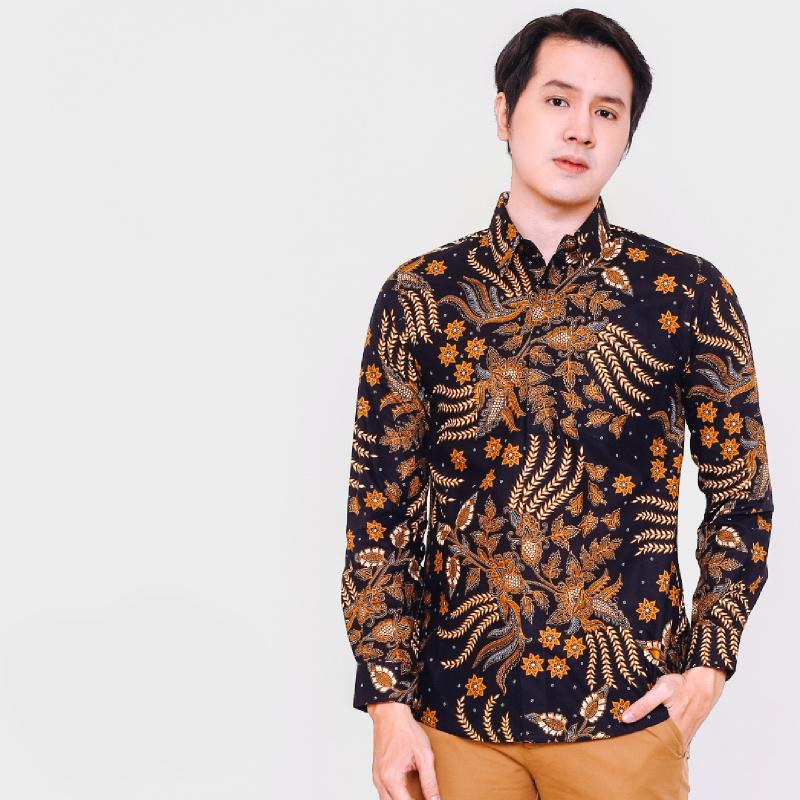 Arsya Black Slimfit Long Sleeve Men Batik
