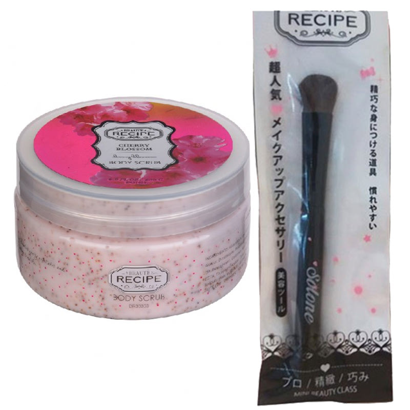 Beaute Recipe Big Brush + Beaute Recipe Cherry Blossom Body Scrub