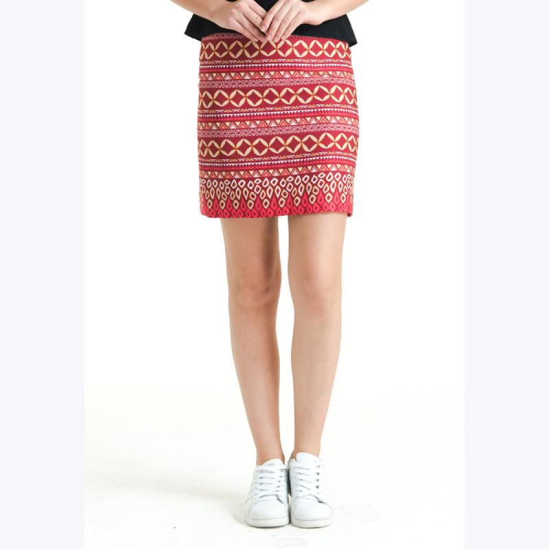 Bateeq Regular Dobi Print Skirt FL011E-FW17 Red