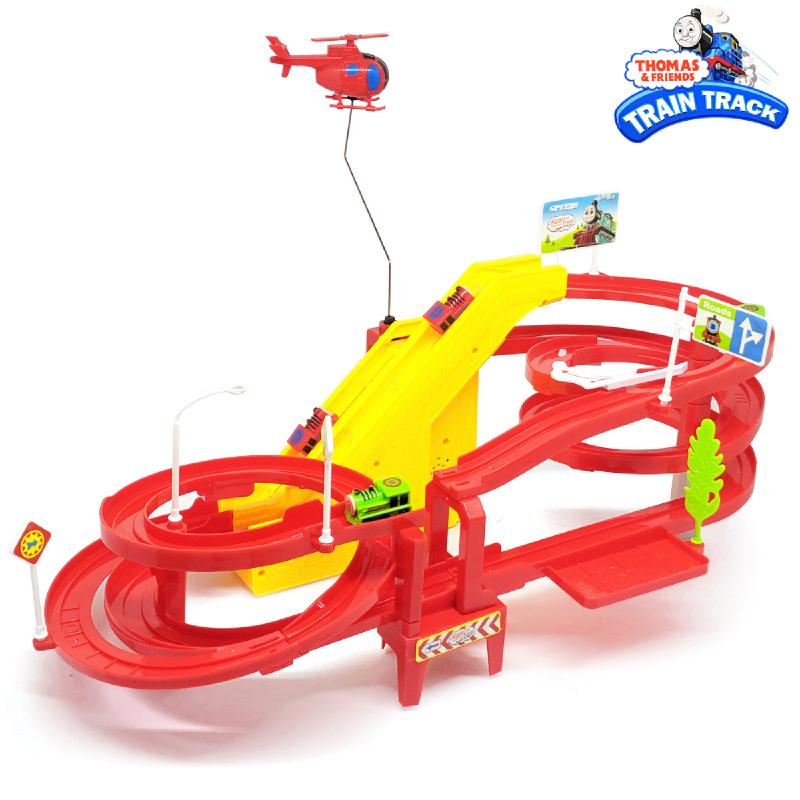 Ocean Toy Mainan Anak Kereta Thomase and Friends Kereta Set Train Track Set A333-180