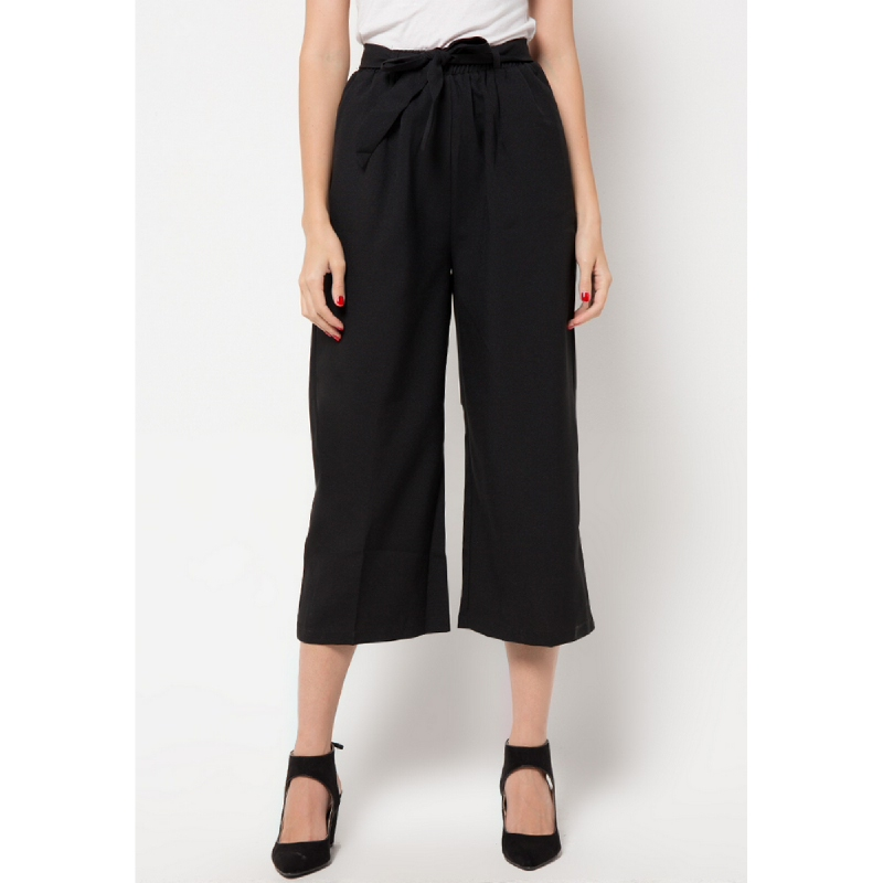 The B club High Waist Culotte Black
