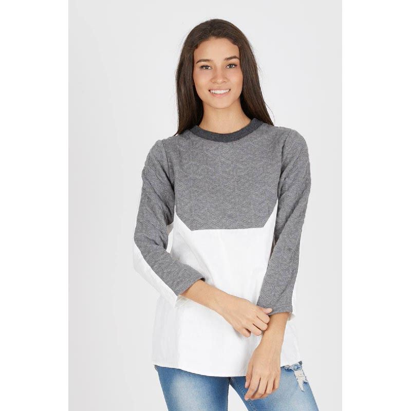 Camerla Top in Grey