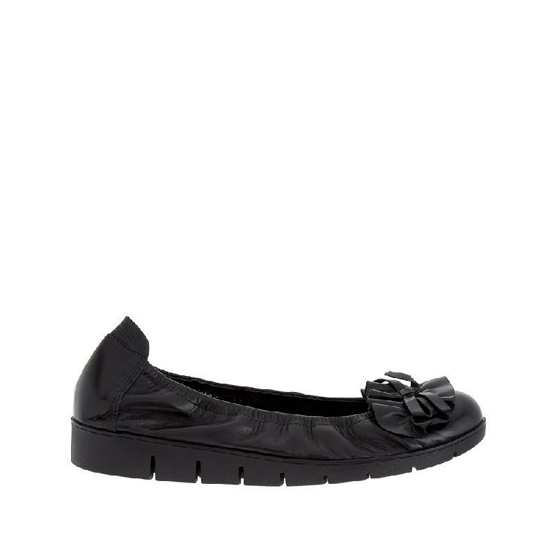Andre Valentino Bernice Flat Shoes Black