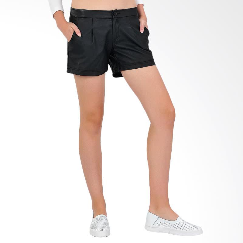 Pleat Skin Womens Shorts - Blac