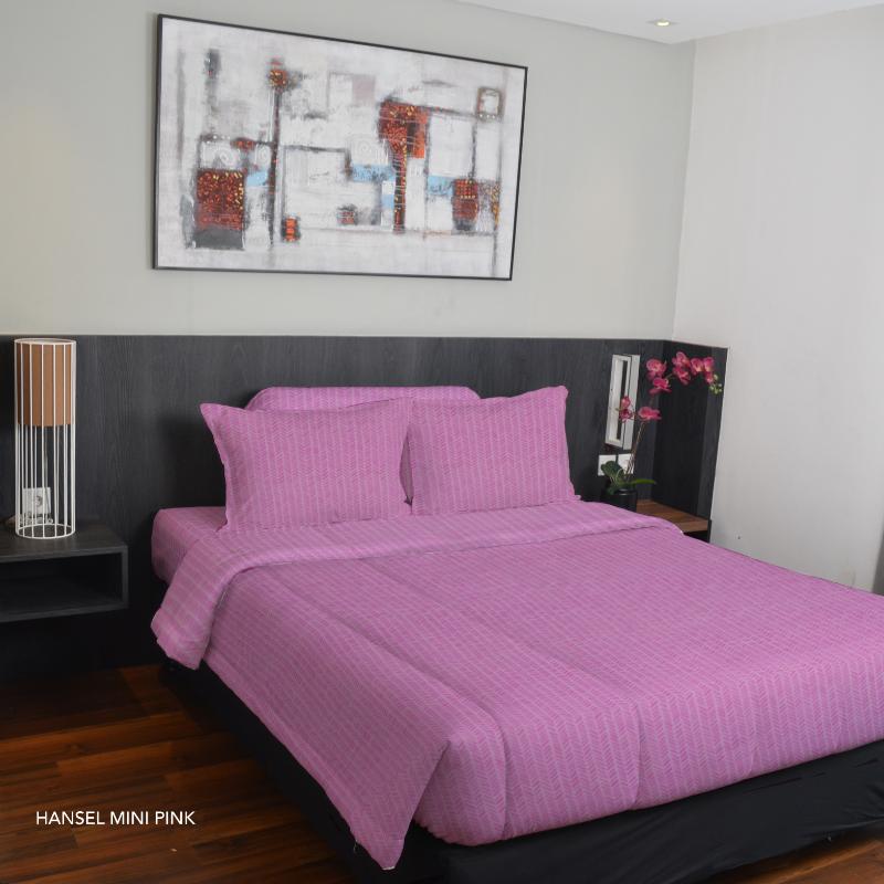 King Rabbit Bed Cover Double 230x230 cm Motif Hansel Mini - Pink