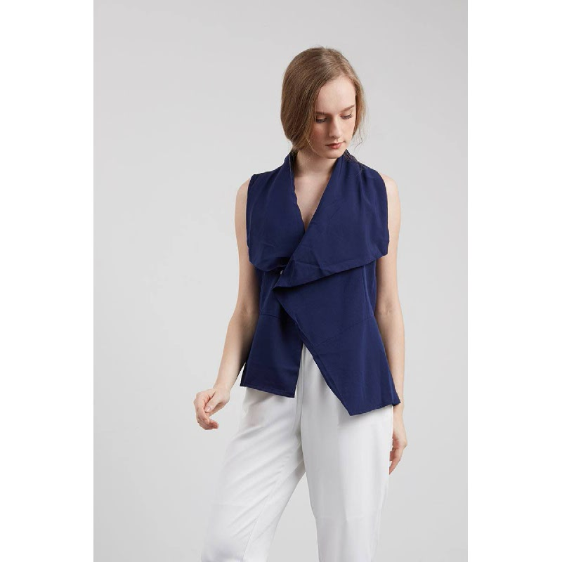 Felia Wrap Top In Navy