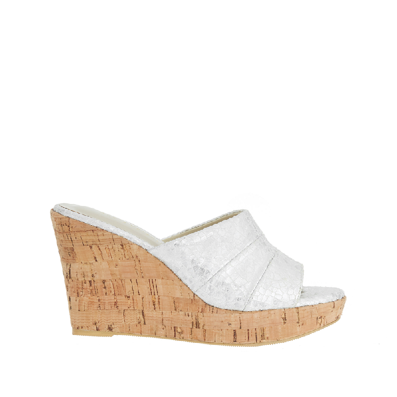 Andre Valentino Brisa Wedges Silver