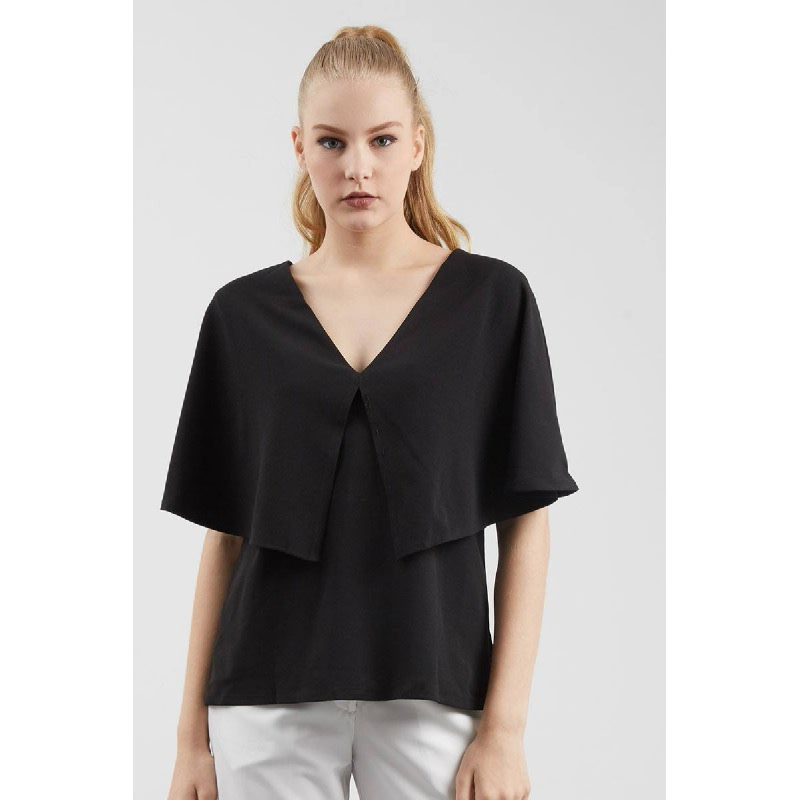 GW Lubeck Top in Black
