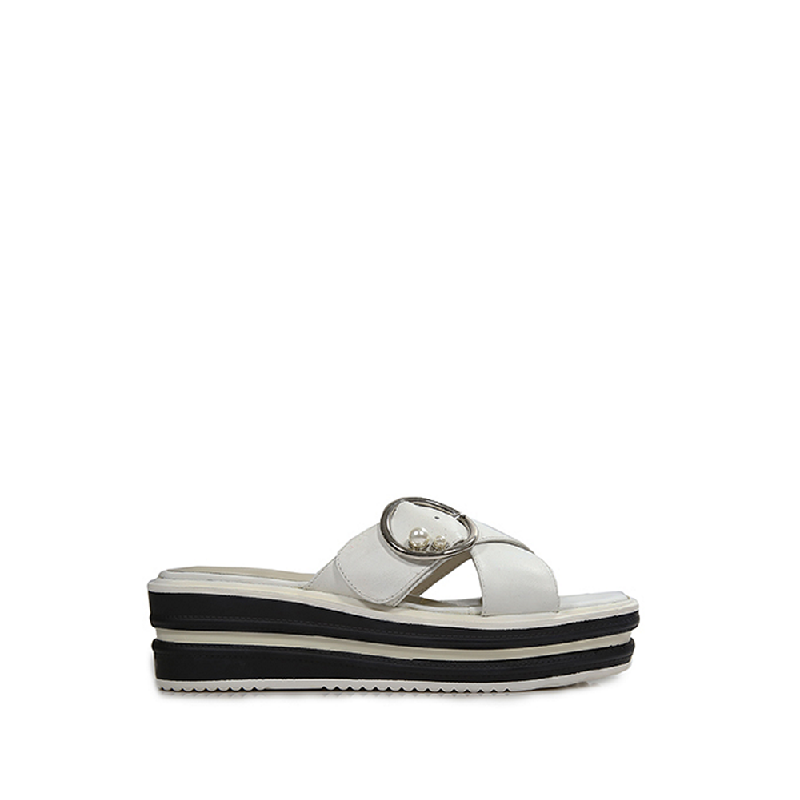 Andre Valentino Roselyn Sandals White