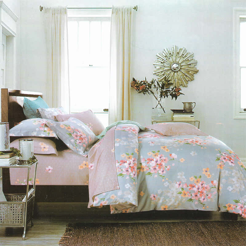 Sleep Buddy Set Sprei dan bed cover Soft Flower Cotton Sateen 160x200x30