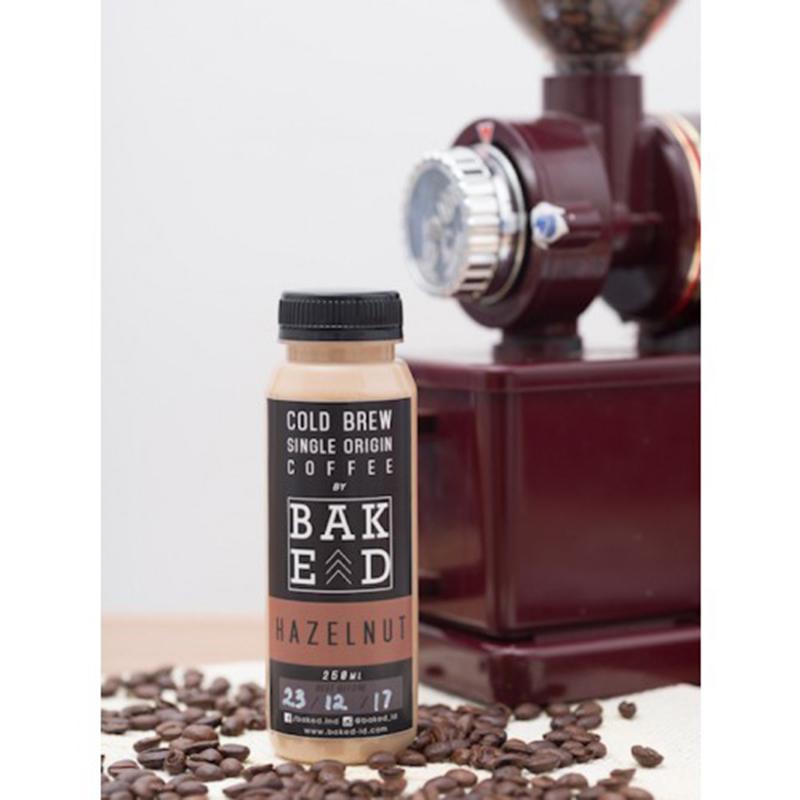 Baked Indonesia - Hazelnut Latte Cold Brew Coffee (isi 4 botol)